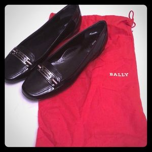 Bally patent leather shoes. US Size 9. Euro 39.5.